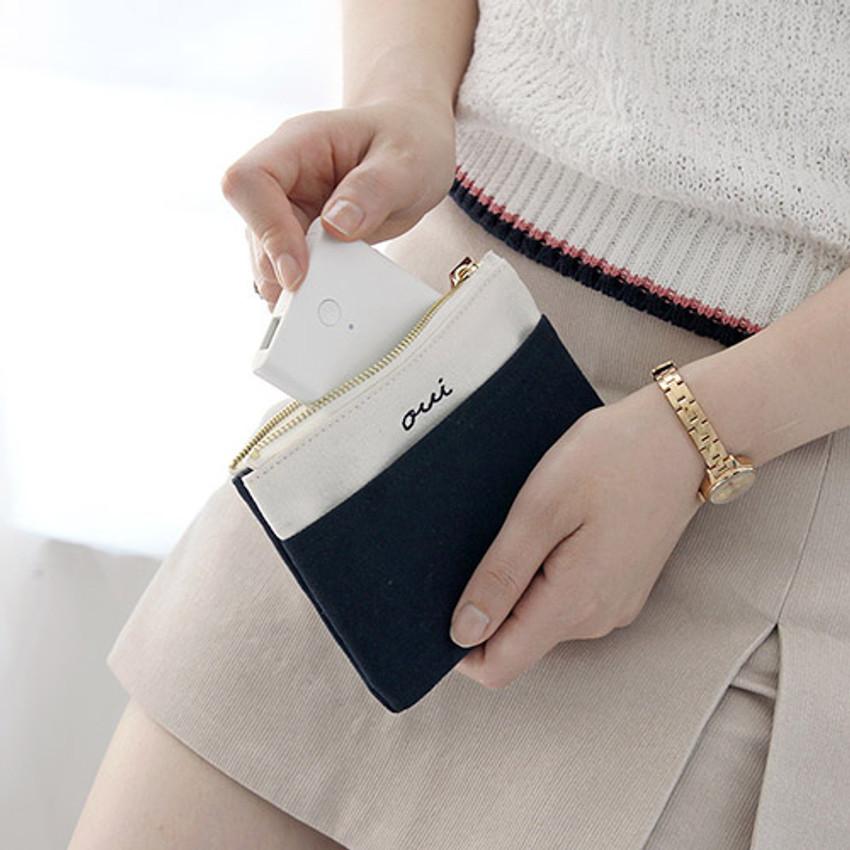 Navy - Around'D pocket zipper small pouch