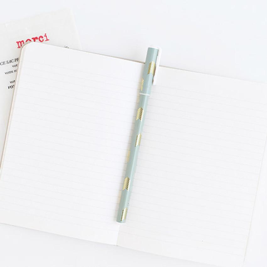 Q - Pattern 0.5mm black ballpoint pen(gold)