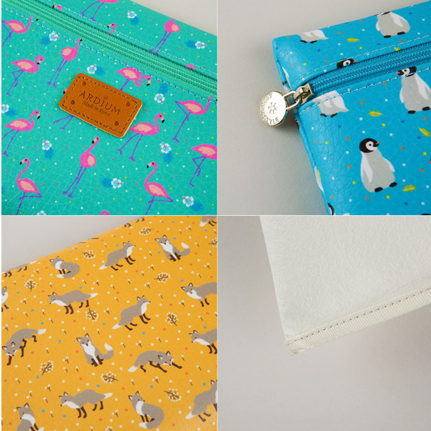 Detail of Animal pattern flat zipper medium pouch