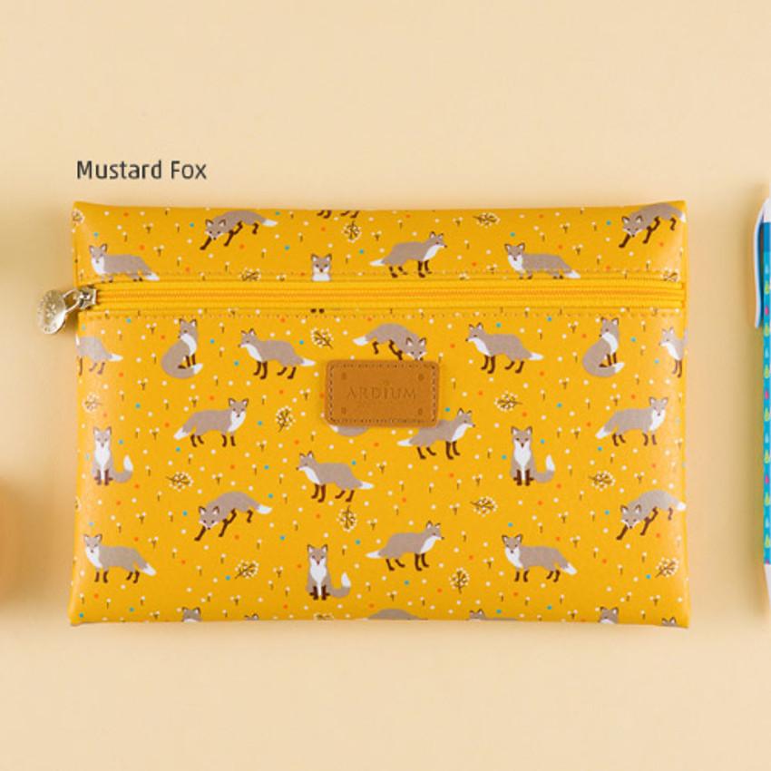 Mustard fox