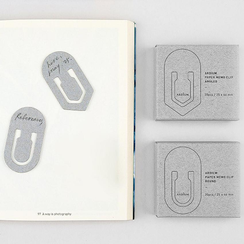 Simple and unique paper bookmark memo clip