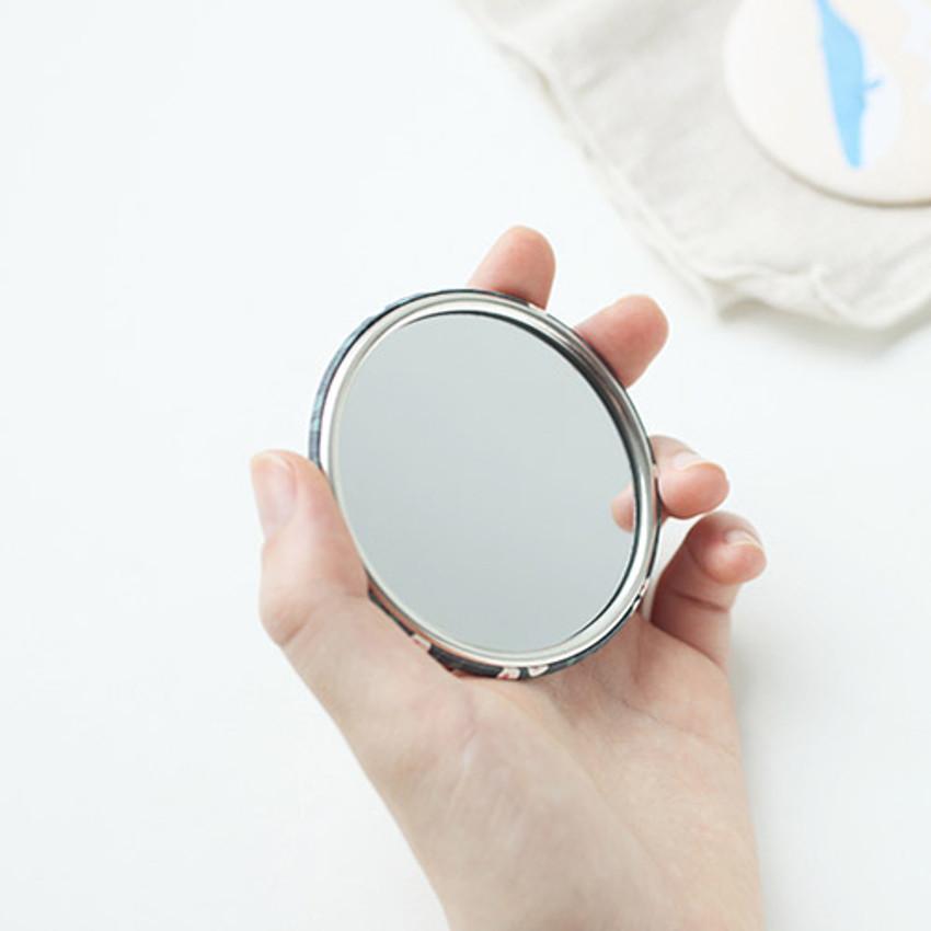 Promenade round hand mirror