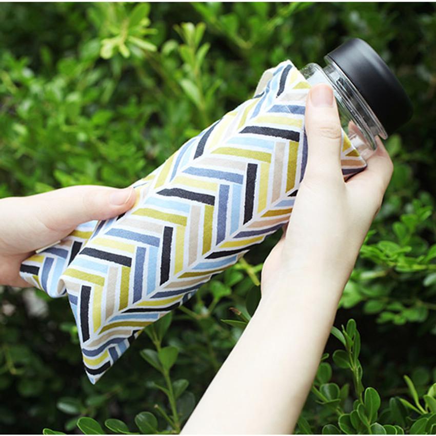 Segment - Warm breeze pattern drawstring pouch