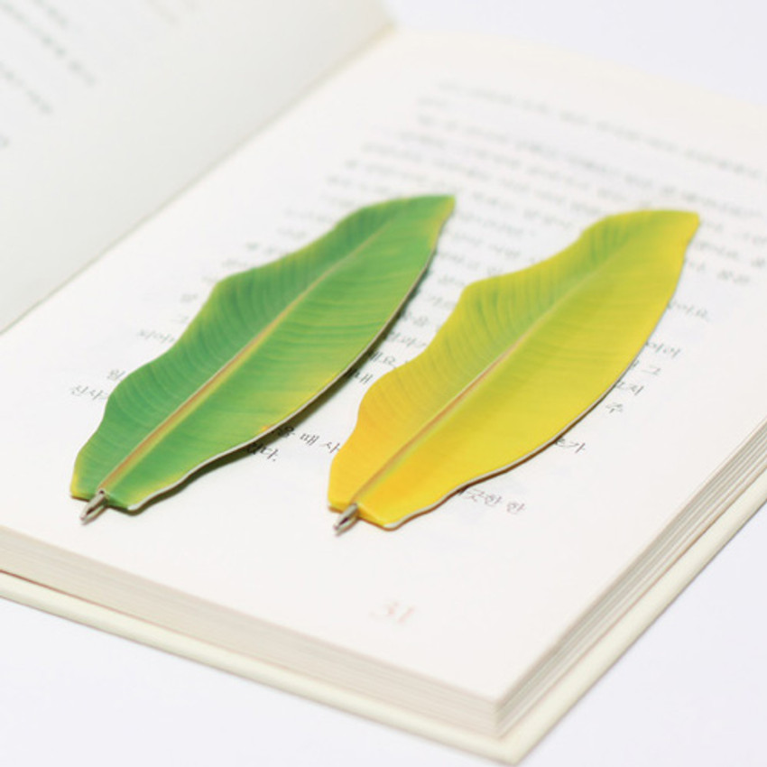 Appree Banana leaf bookmark black ballpoint pen set