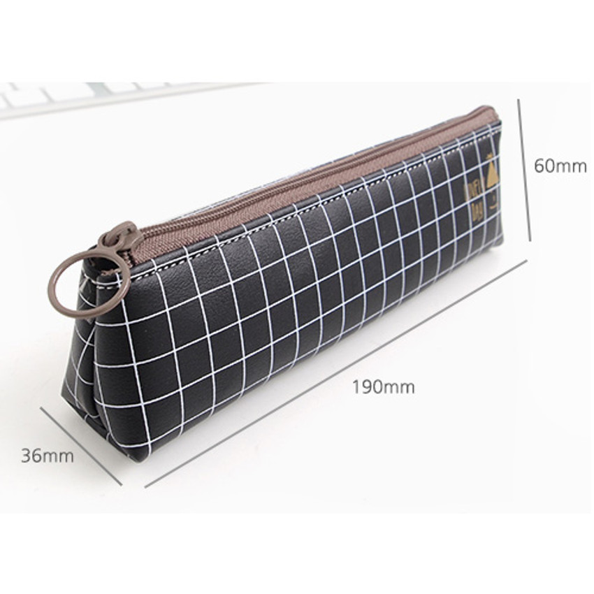Size of Pastel check pattern zipper pencil case