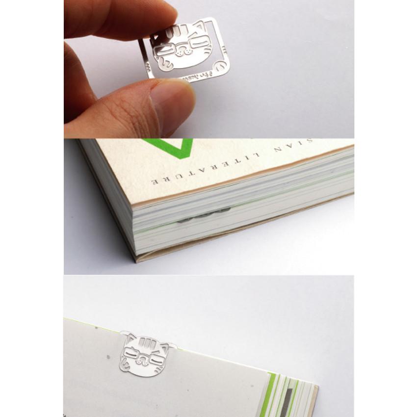 Bookfriends Smart cat steel bookmark