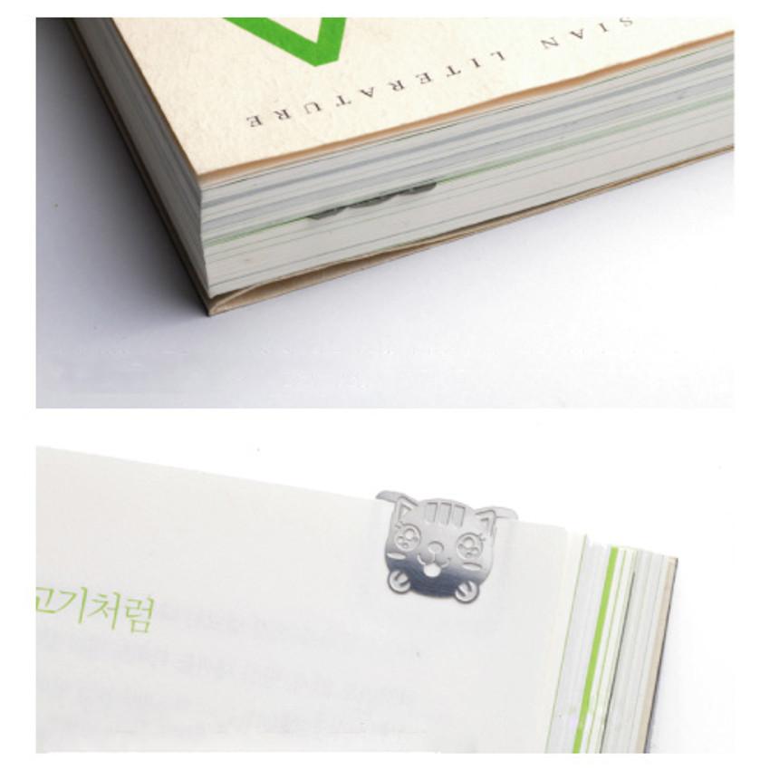 Bookfriends Shiny cat steel bookmark