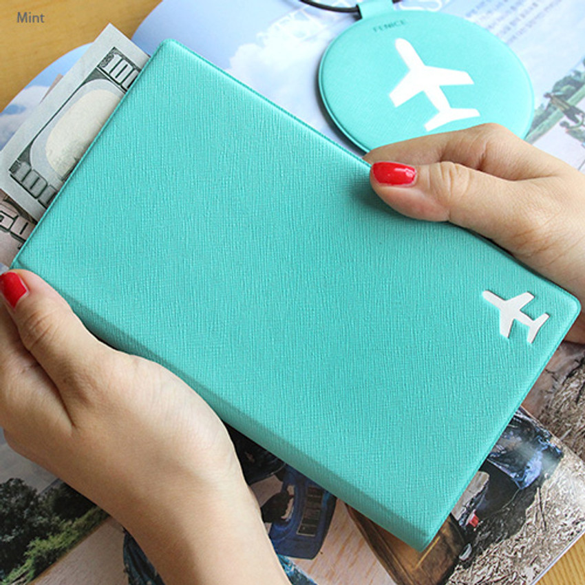 Mint - Fenice Simple RFID blocking medium passport cover