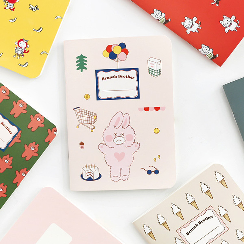 Romane illustration small plain and lined notebook