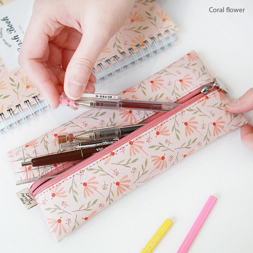 Coral flower - Willow illustration pattern zipper pencil case