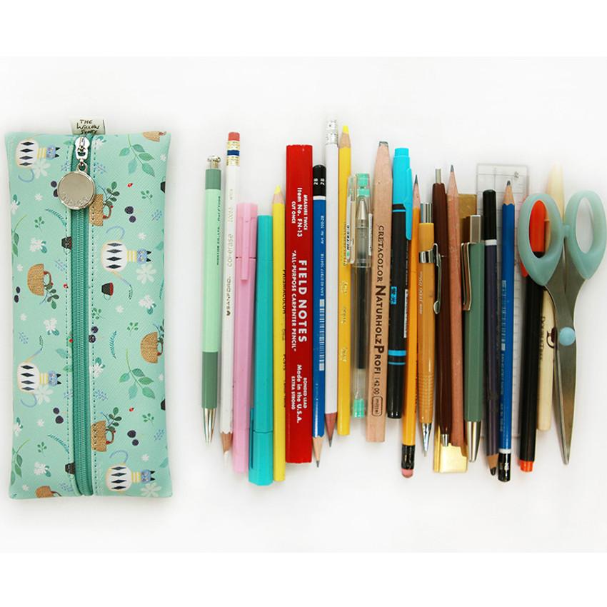 Willow illustration pattern zipper pencil case