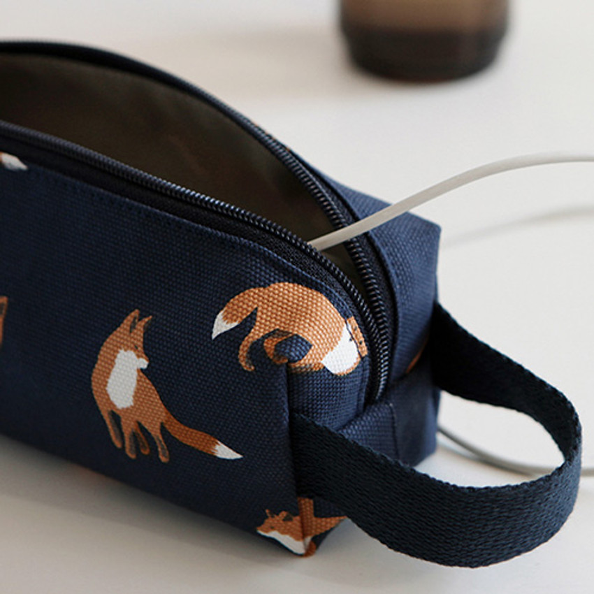 Winter fox - Pattern canvas pencil case with strap