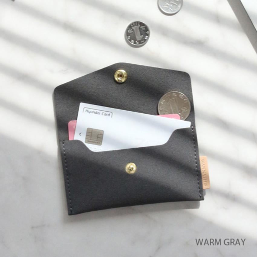 Warm gray - Wanna be chamude flat pocket card case