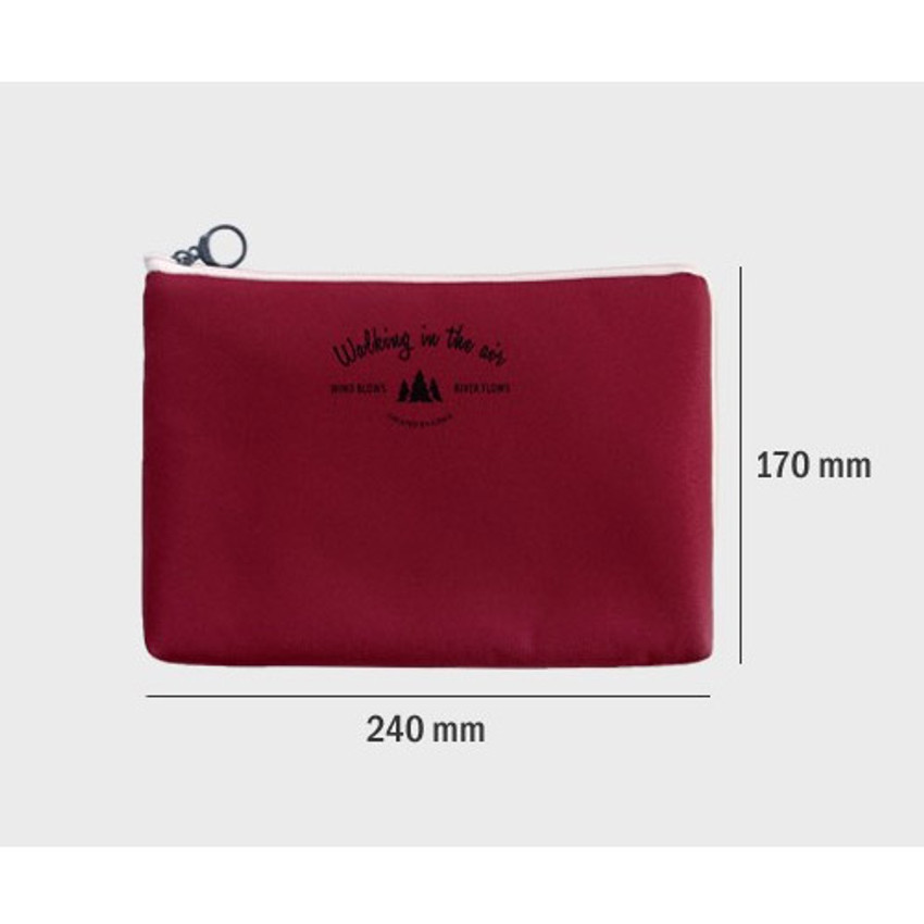 Size of Walking in the air large cable pouch