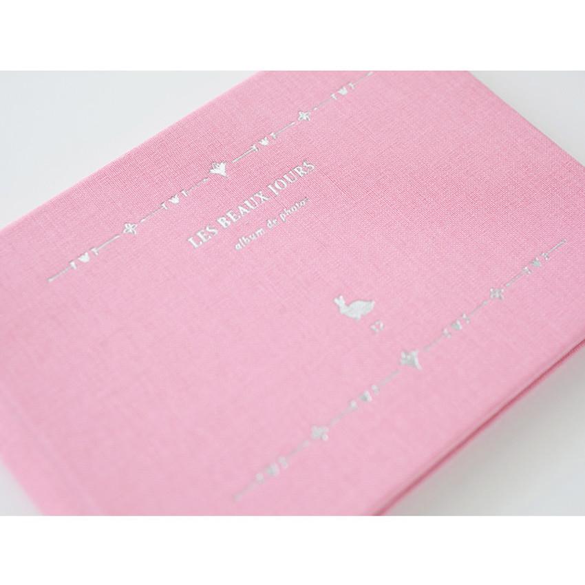 Detail of Les beaux jours small scrapbook album