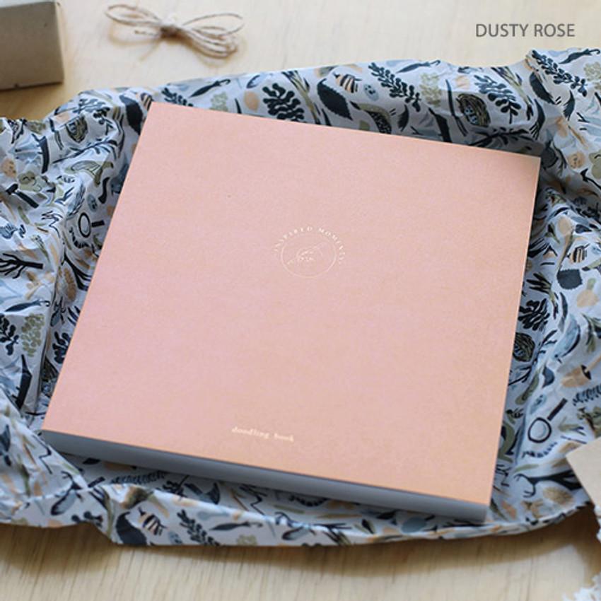 Dusty rose - Doodling medium drawing notebook