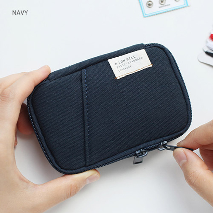 Navy - A low hill zip around pocket small pouch