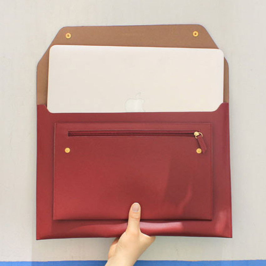Burgundy - Think about W 13 inches flat laptop pouch