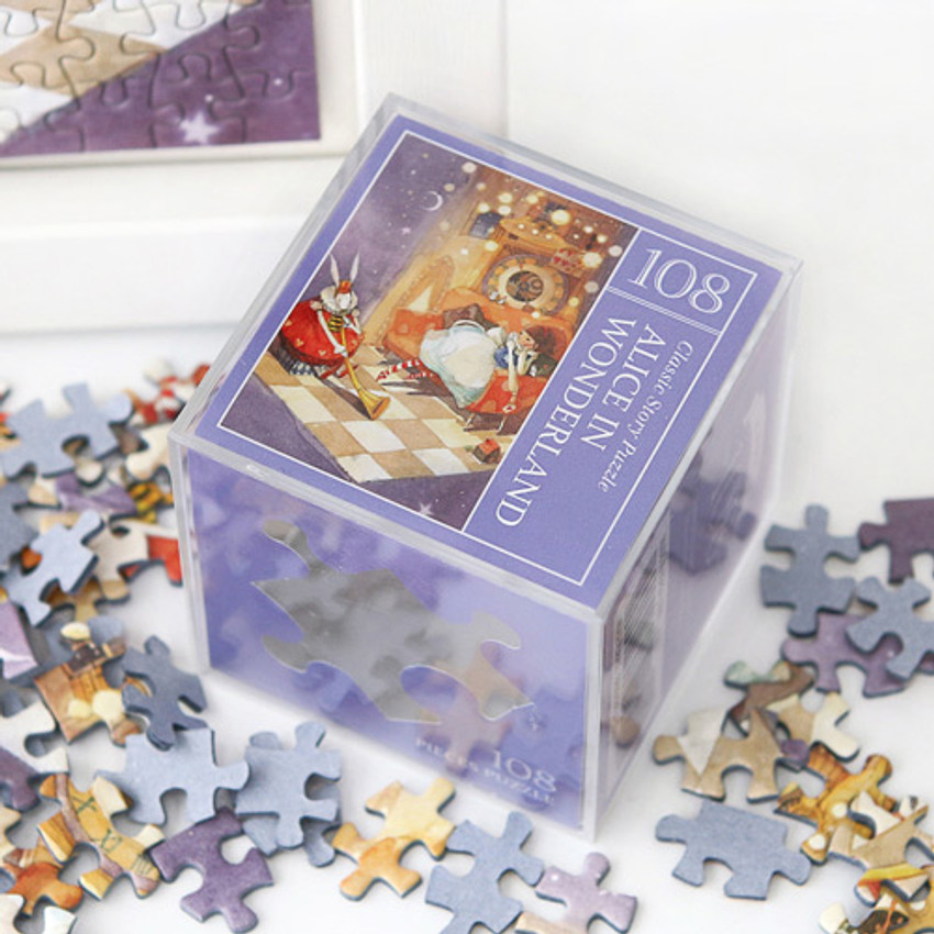Alice in wonderland 108 piece jigsaw puzzle - Purple