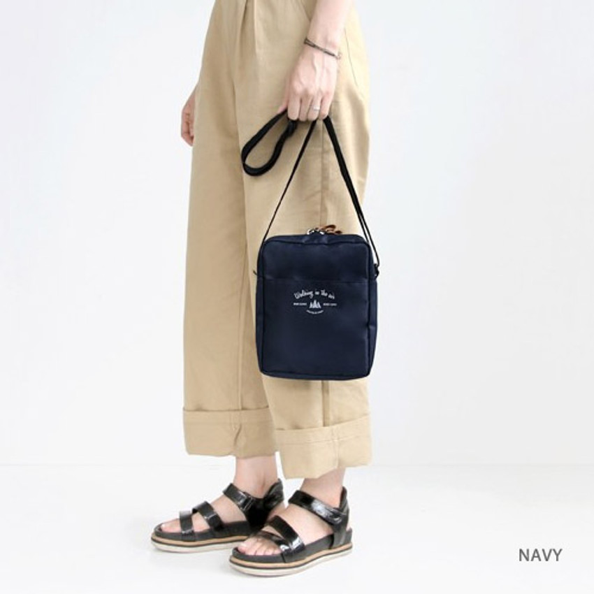 Navy - Voyager double zippered crossbody bag