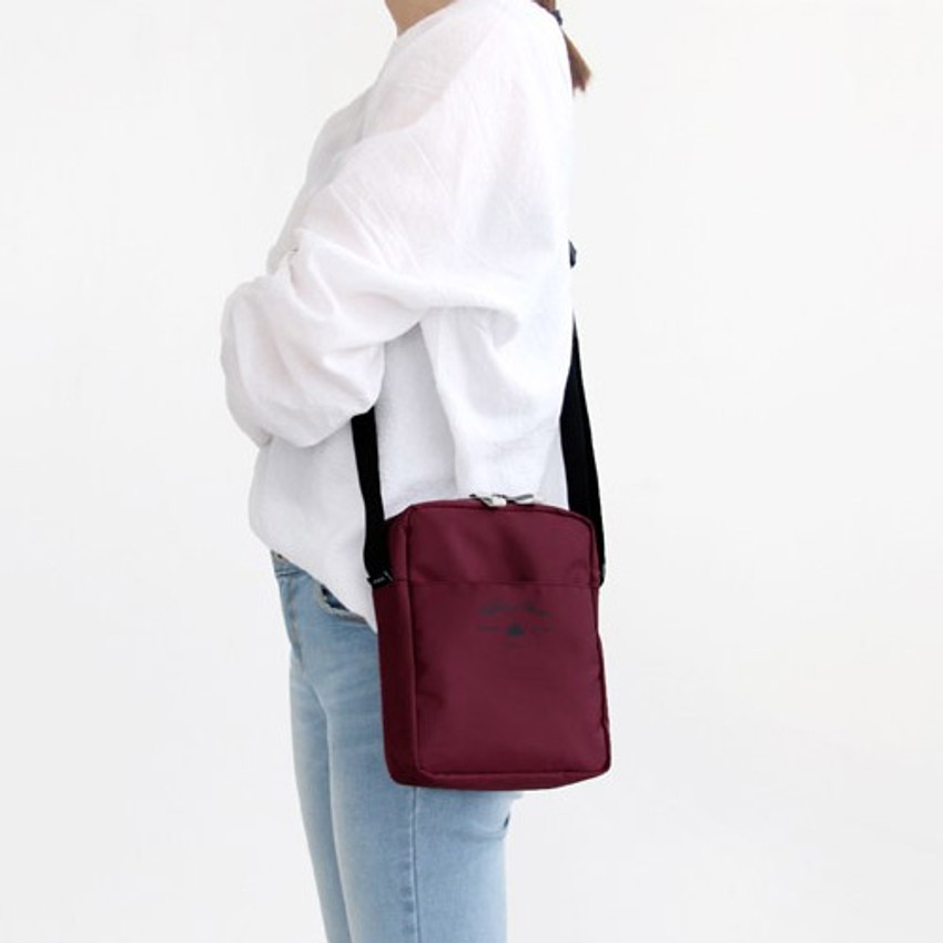 Burgundy - Voyager double zippered crossbody bag