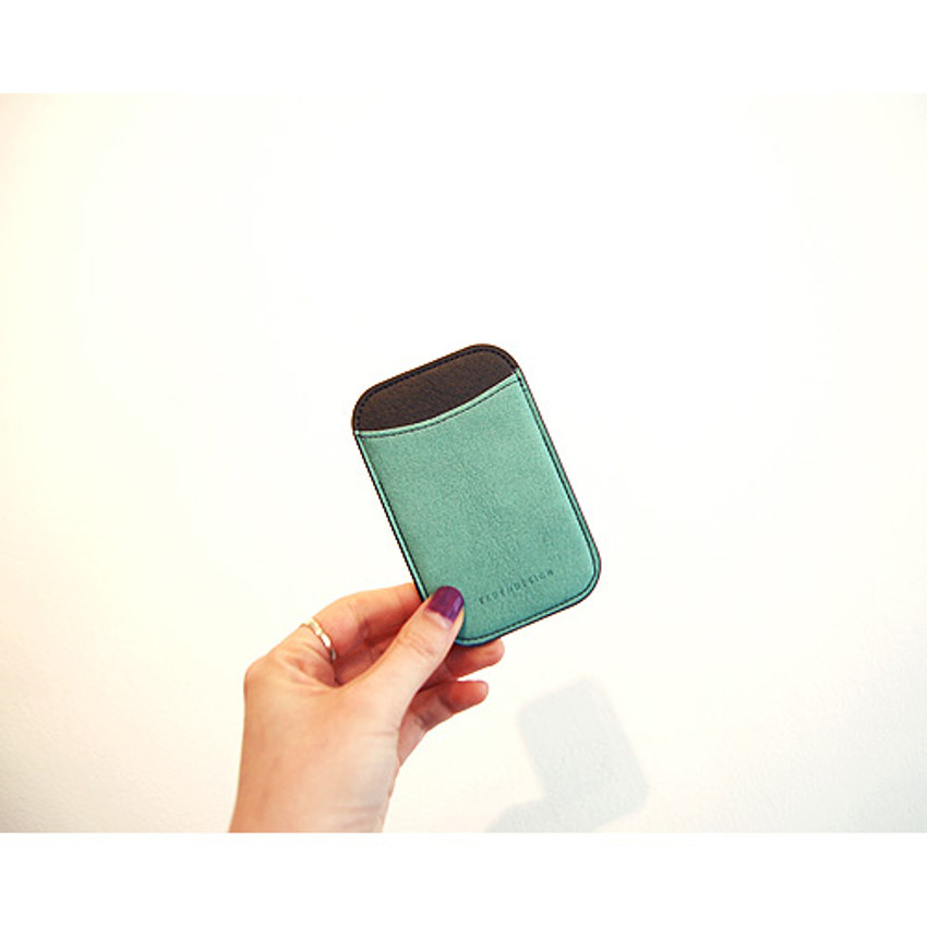 04 - Simple two tone flat card holder