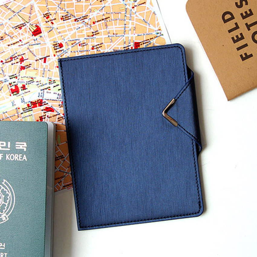 Navy - Simple passport holder with magnetic snap closure