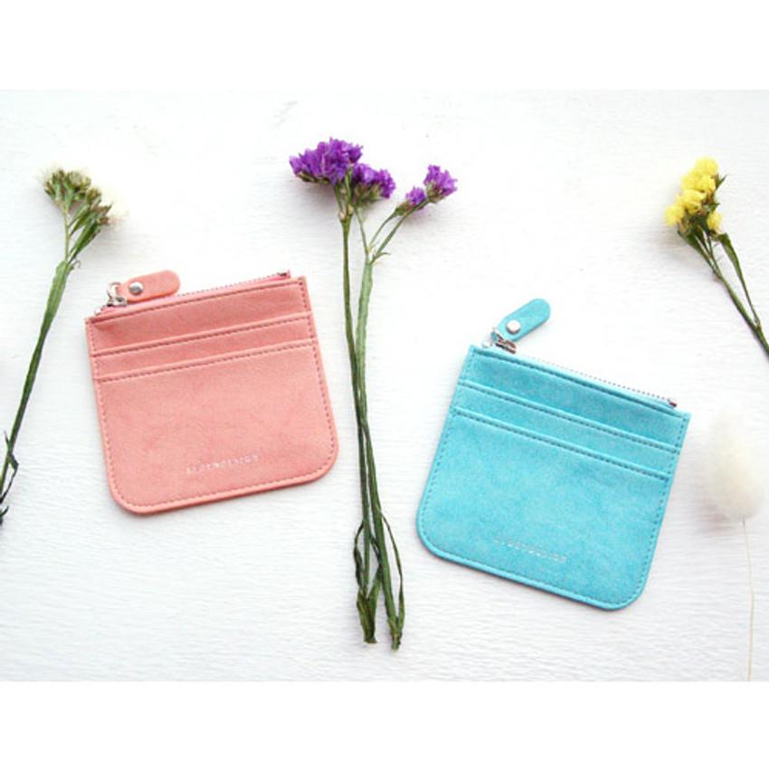Simple flat pocket card case holder