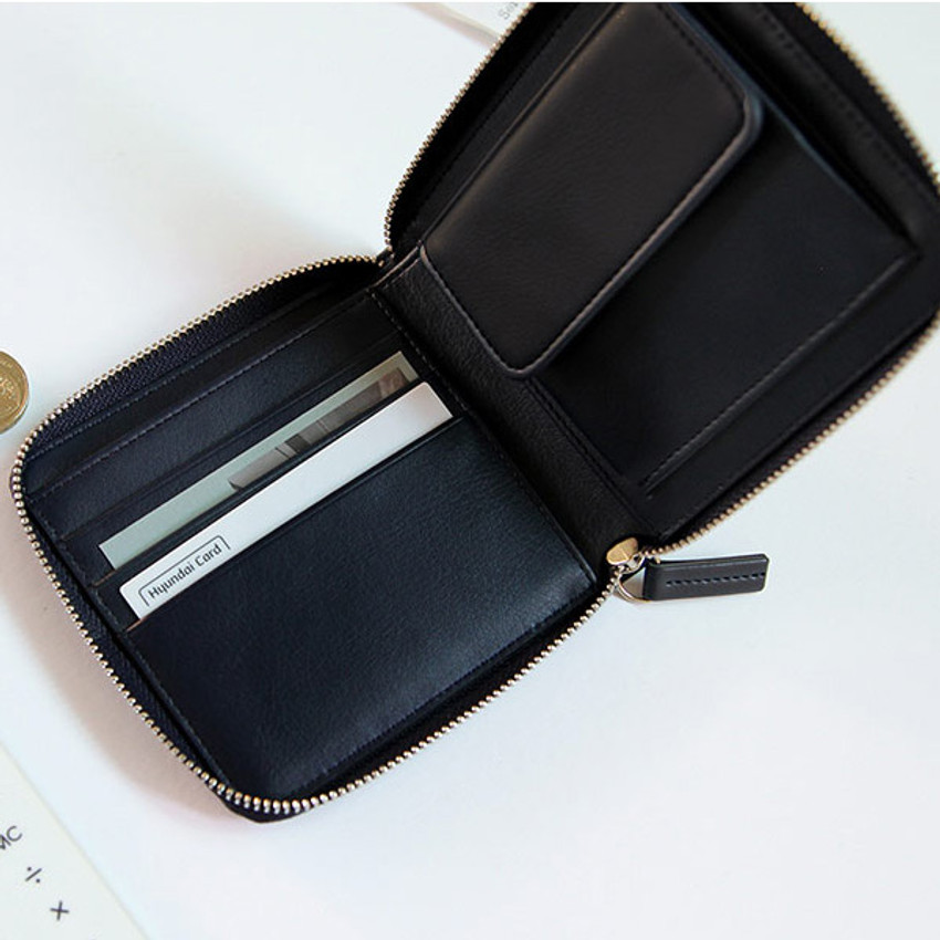 Caily zip around small wallet