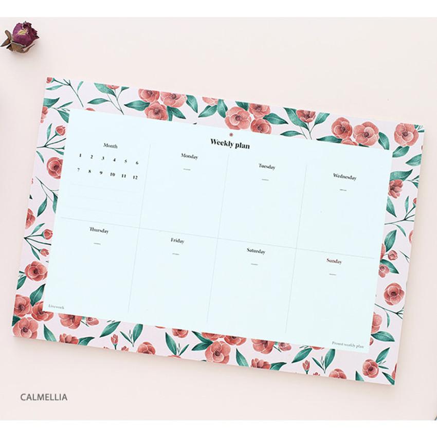Camellia - Prust pattern undated weekly desk planner