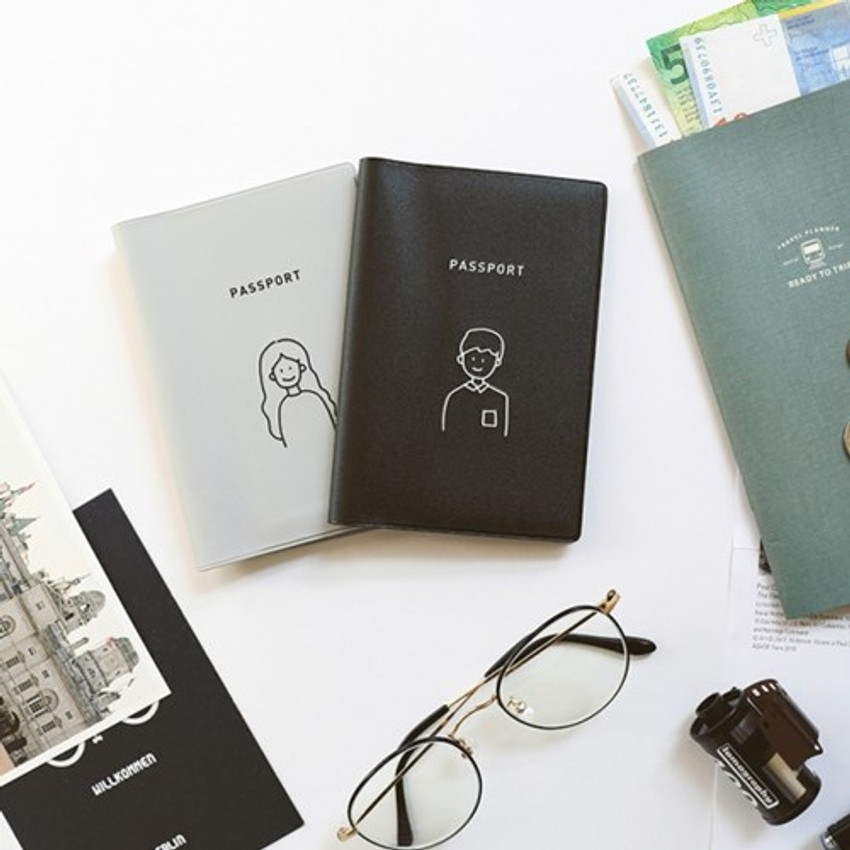 Memory the moment simple passport case with sticker
