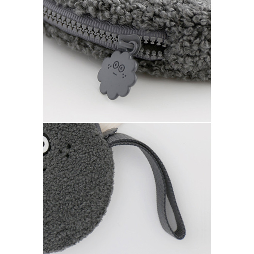 Detail of Brunch brother circle zipper pouch