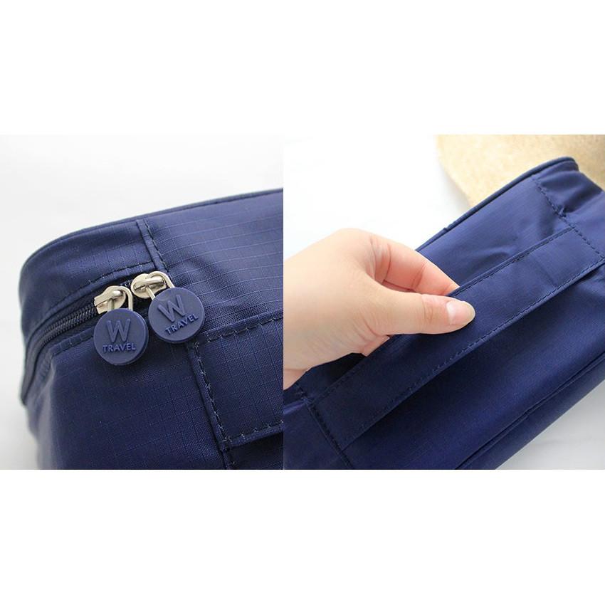 Detail of Rim travel underwear and bra pouch bag