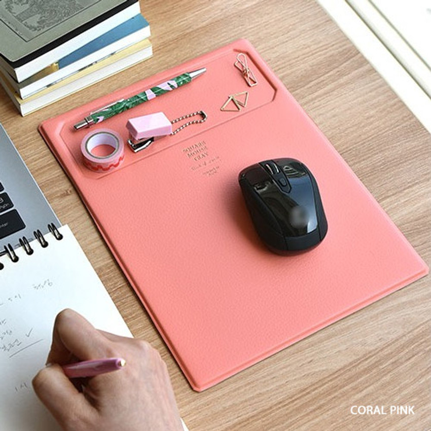 Coral pink - Play obje Square tray with mouse pad