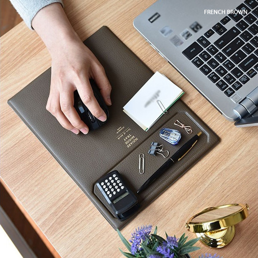 French brown - Play obje Square tray with mouse pad