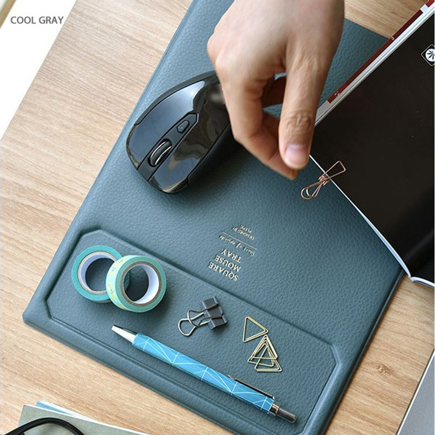 Cool gray - Play obje Square tray with mouse pad