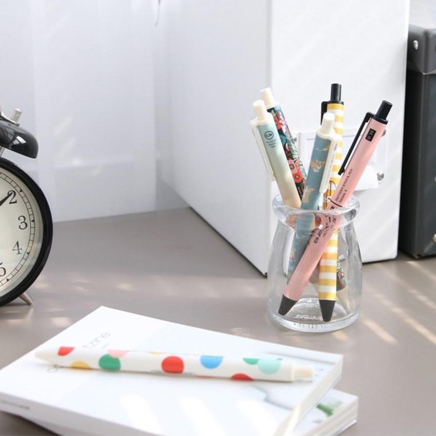 ICONIC Unique pattern knock retractable pen 0.38mm ver4