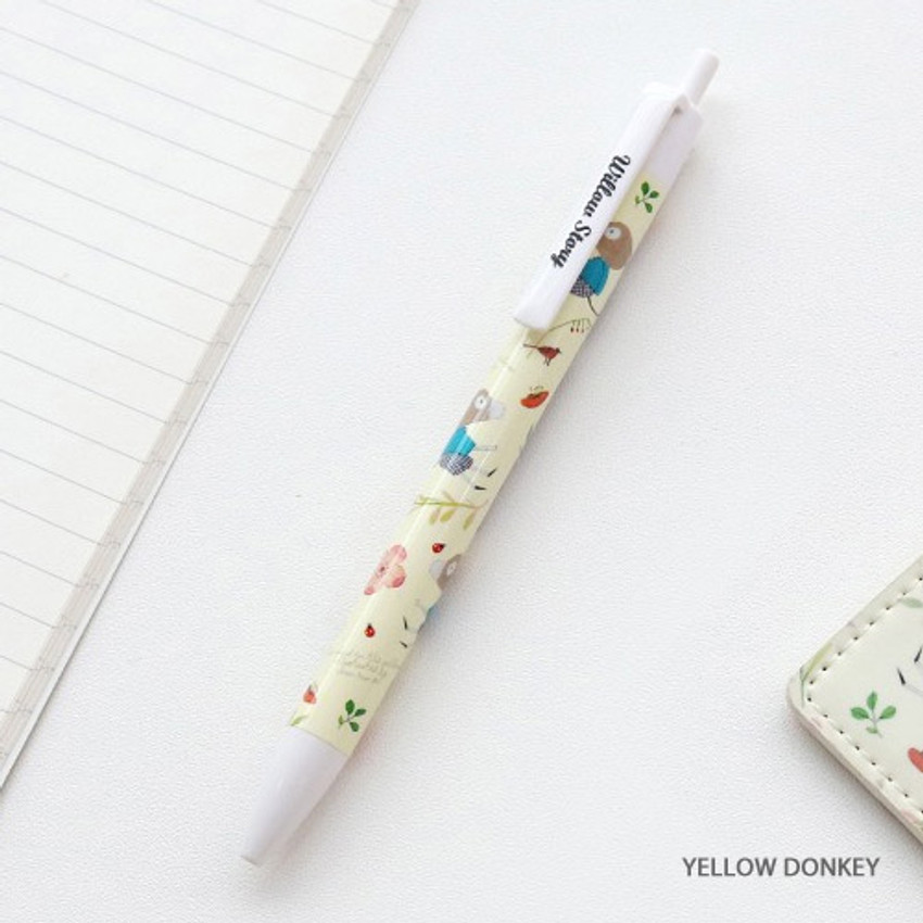 Yellow donkey - Willow pattern 0.5mm knock ballpoint pen black ink