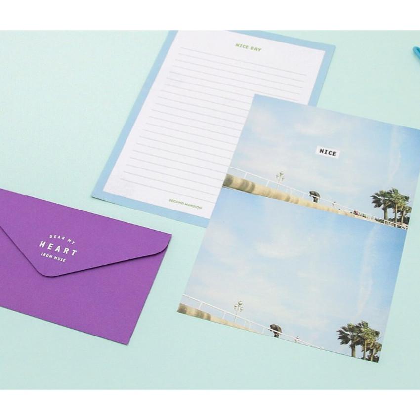 Moment illustration letter paper and envelope set