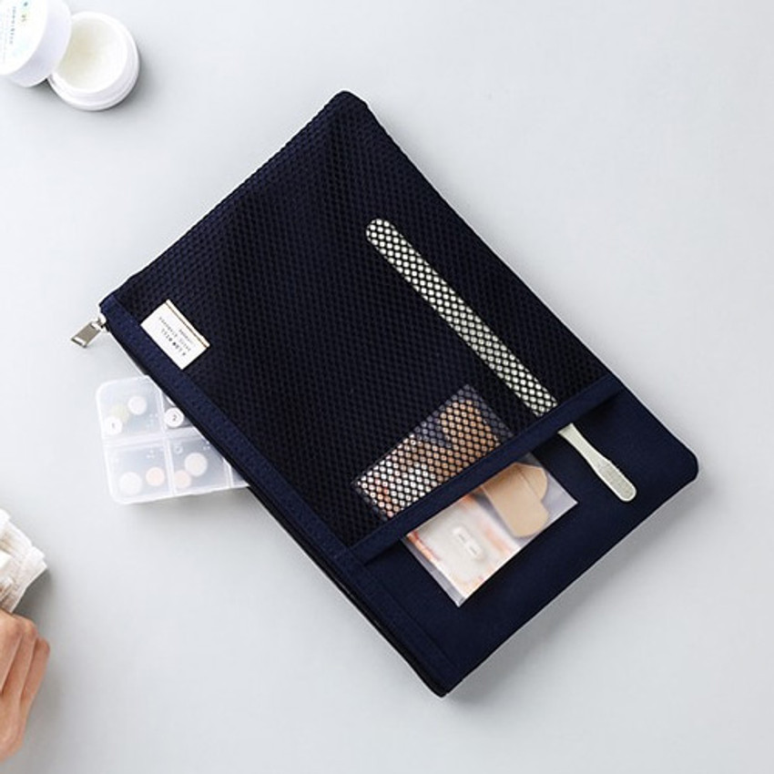 Navy - Livework A low hill basic mesh pocket daily pouch