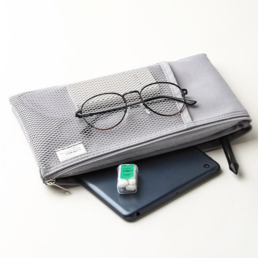 Warm gray - Livework A low hill basic mesh pocket daily pouch