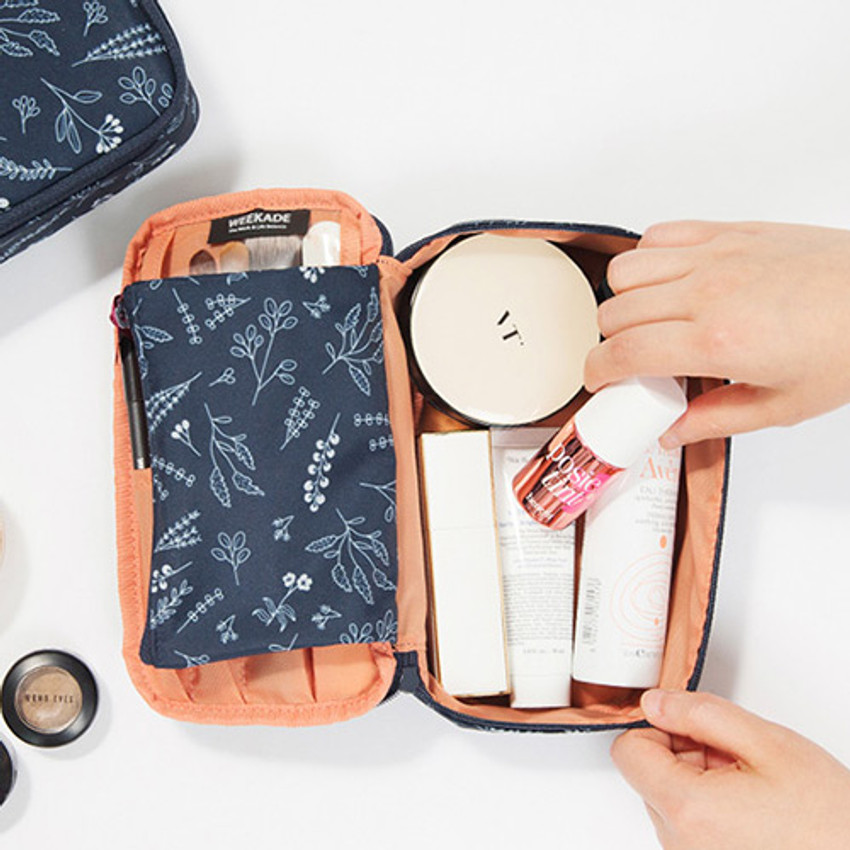 Antenna shop Weekade botanical cosmetic beauty makeup pouch