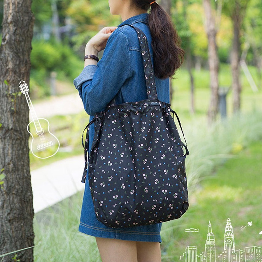 Antenna shop Botanical island travel foldable shoulder bag