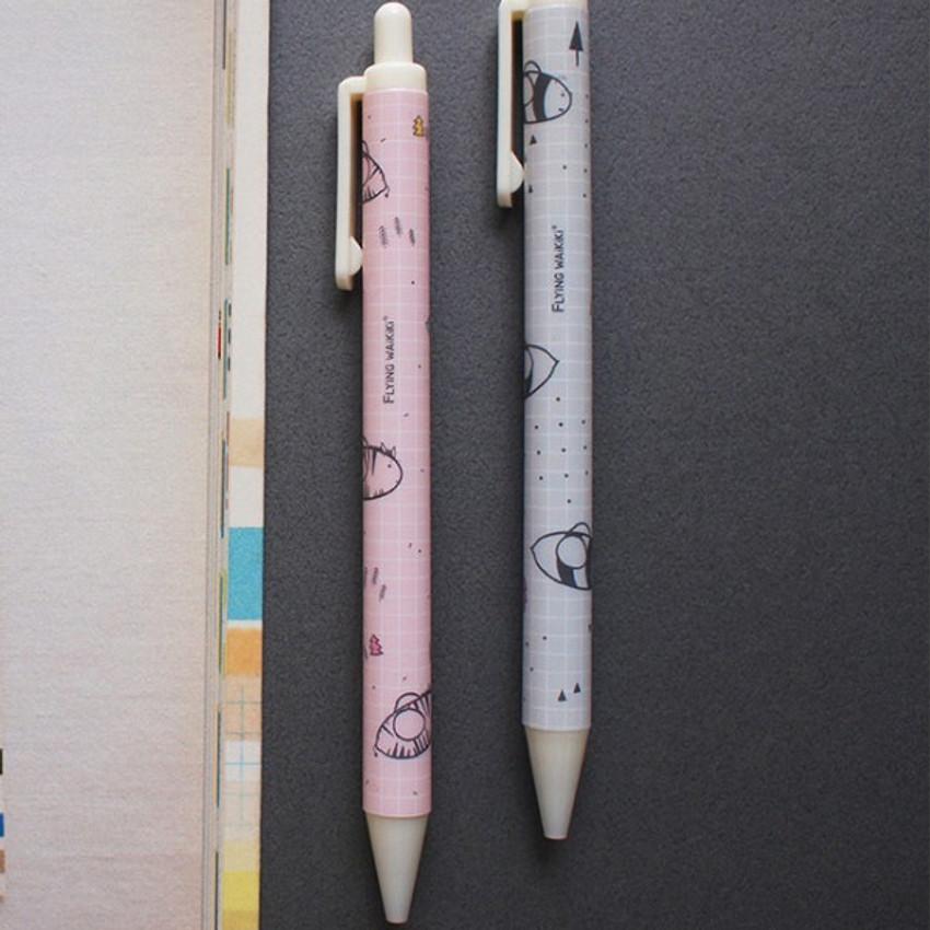 Flying Waikiki knock black ink 0.38 mm ballpoint pen