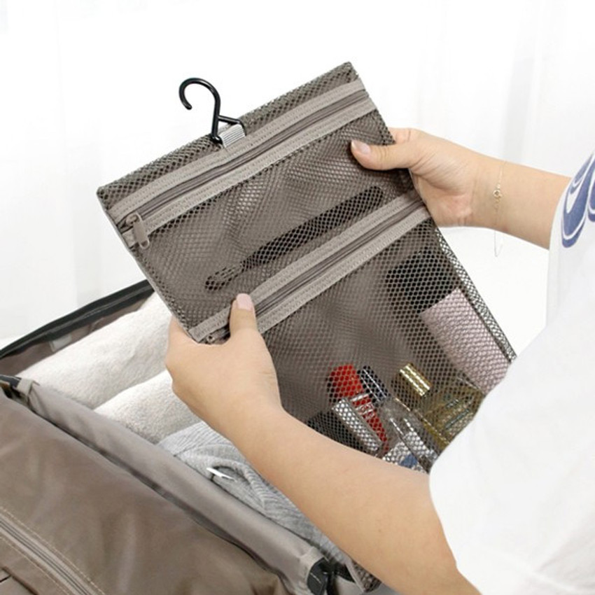 Right - Toiletry mesh zipper pouch