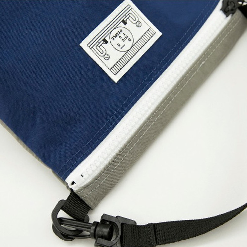 Detail of Washer zipper pouch with wrist strap