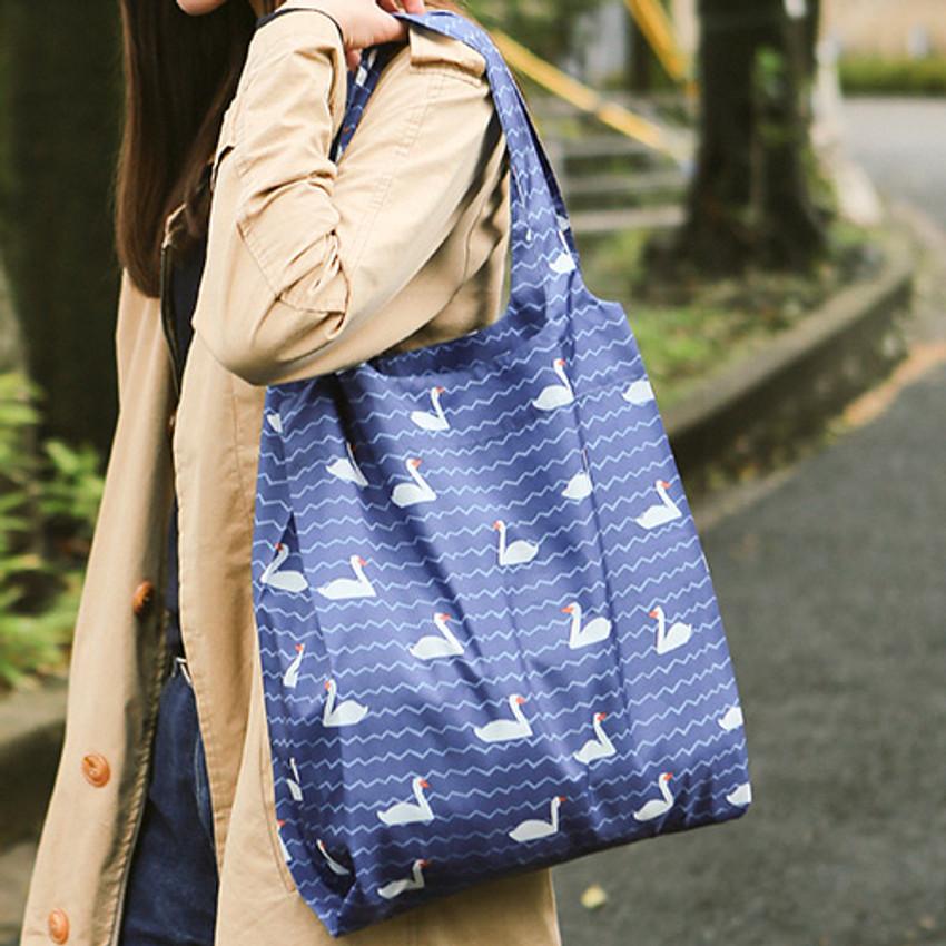 Dailylike Pocket large shopping travel foldable shoulder bag