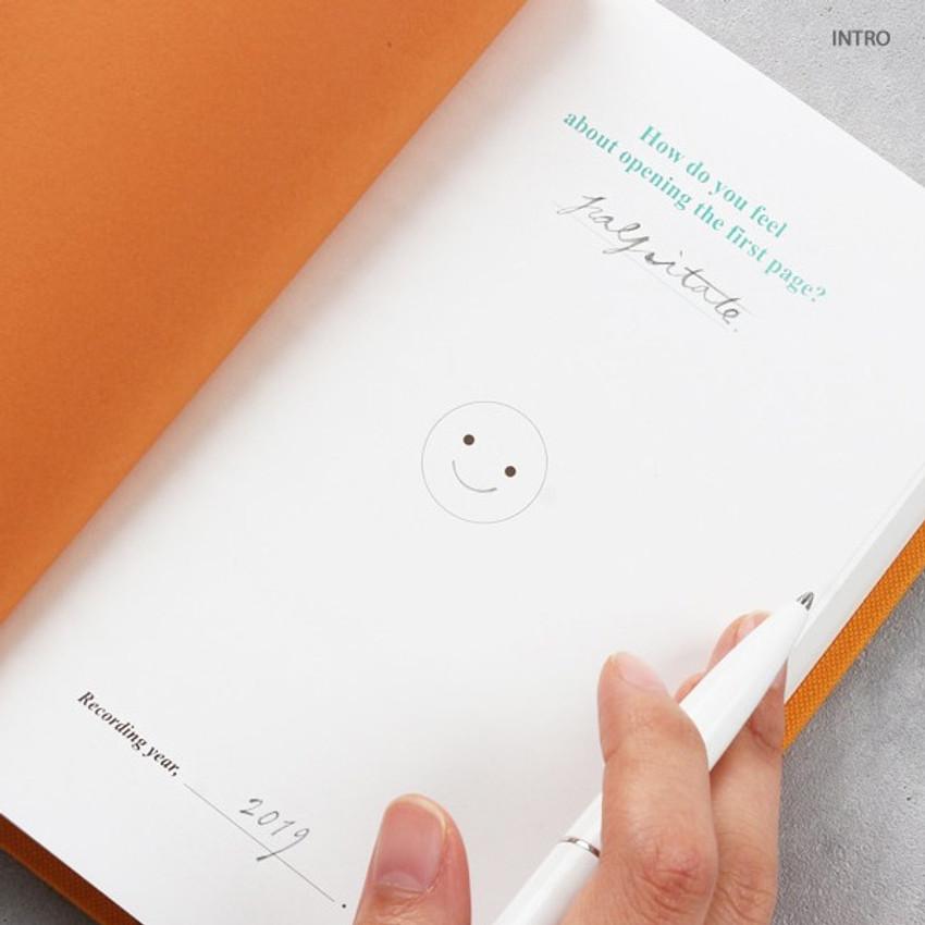 Intro - Wanna This Classic journal dateless daily agenda diary