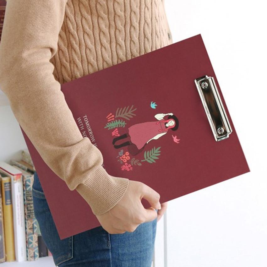 Bookfriends World literature clipboard with low profile clip