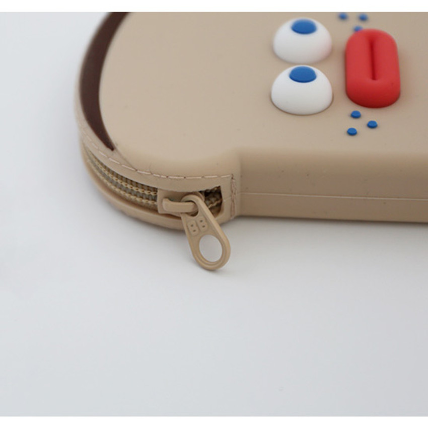 Detail of Brunch brother toast silicon zipper pouch